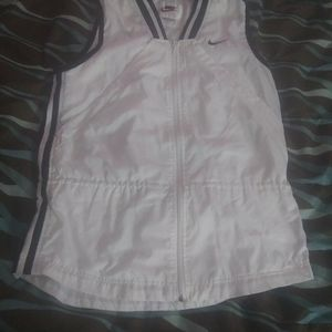 Women's Nike white zip up vest size L
